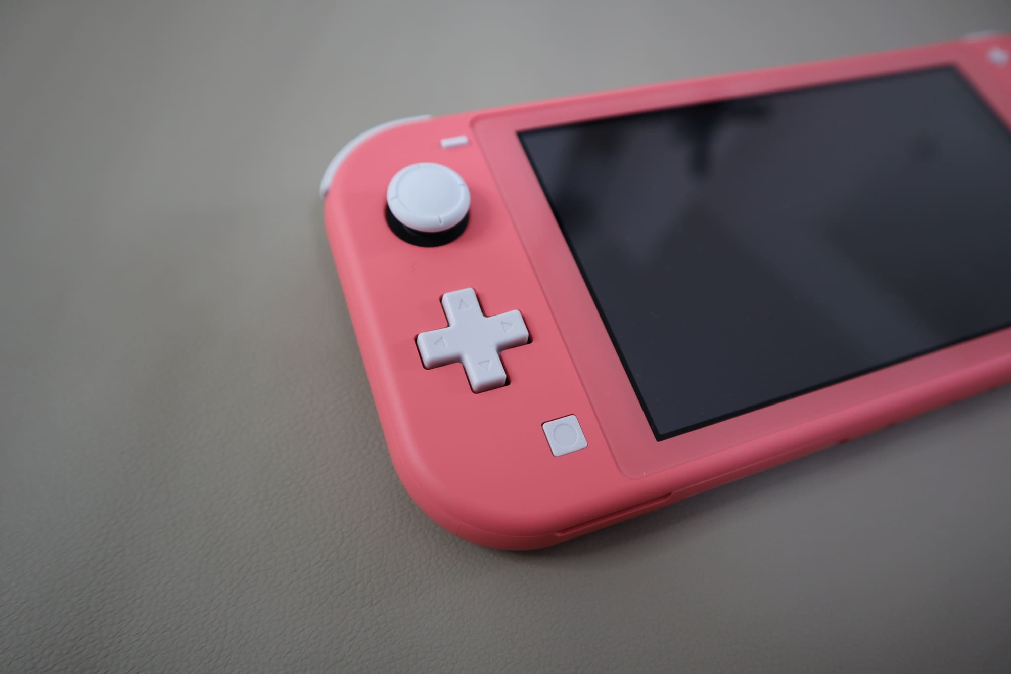 Switch Liteのボタン