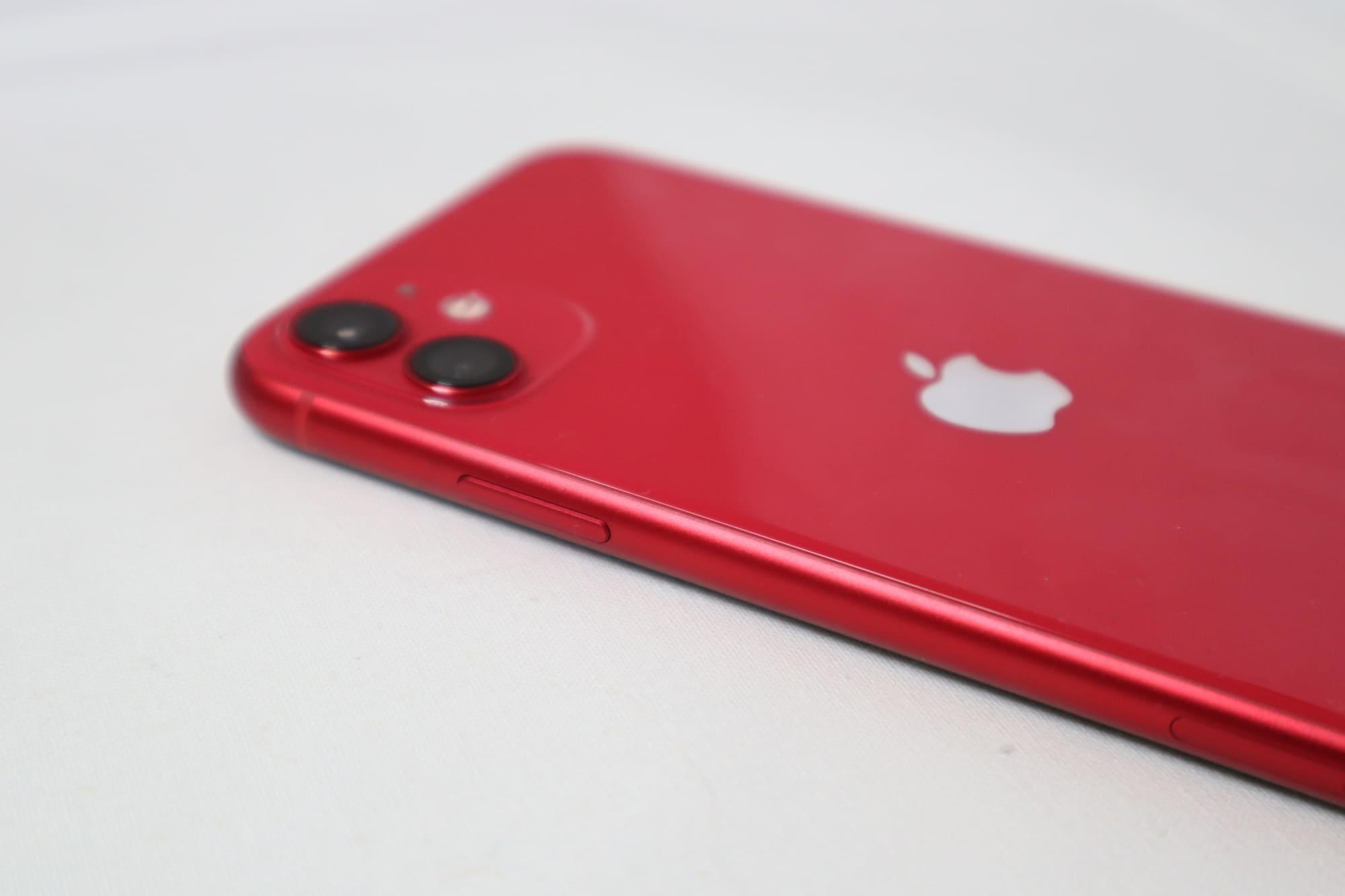 iPhone11の電源ボタン