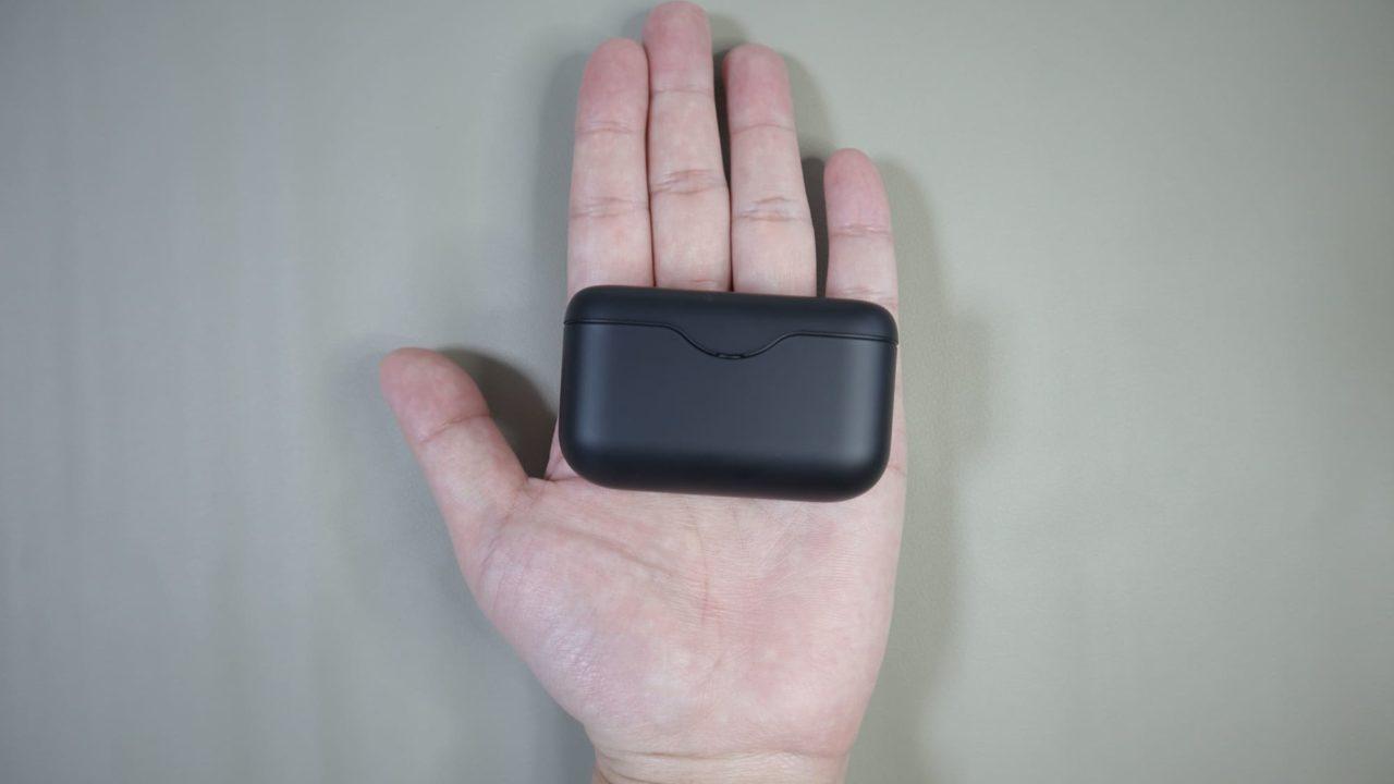 手のひらの上のWF-H800