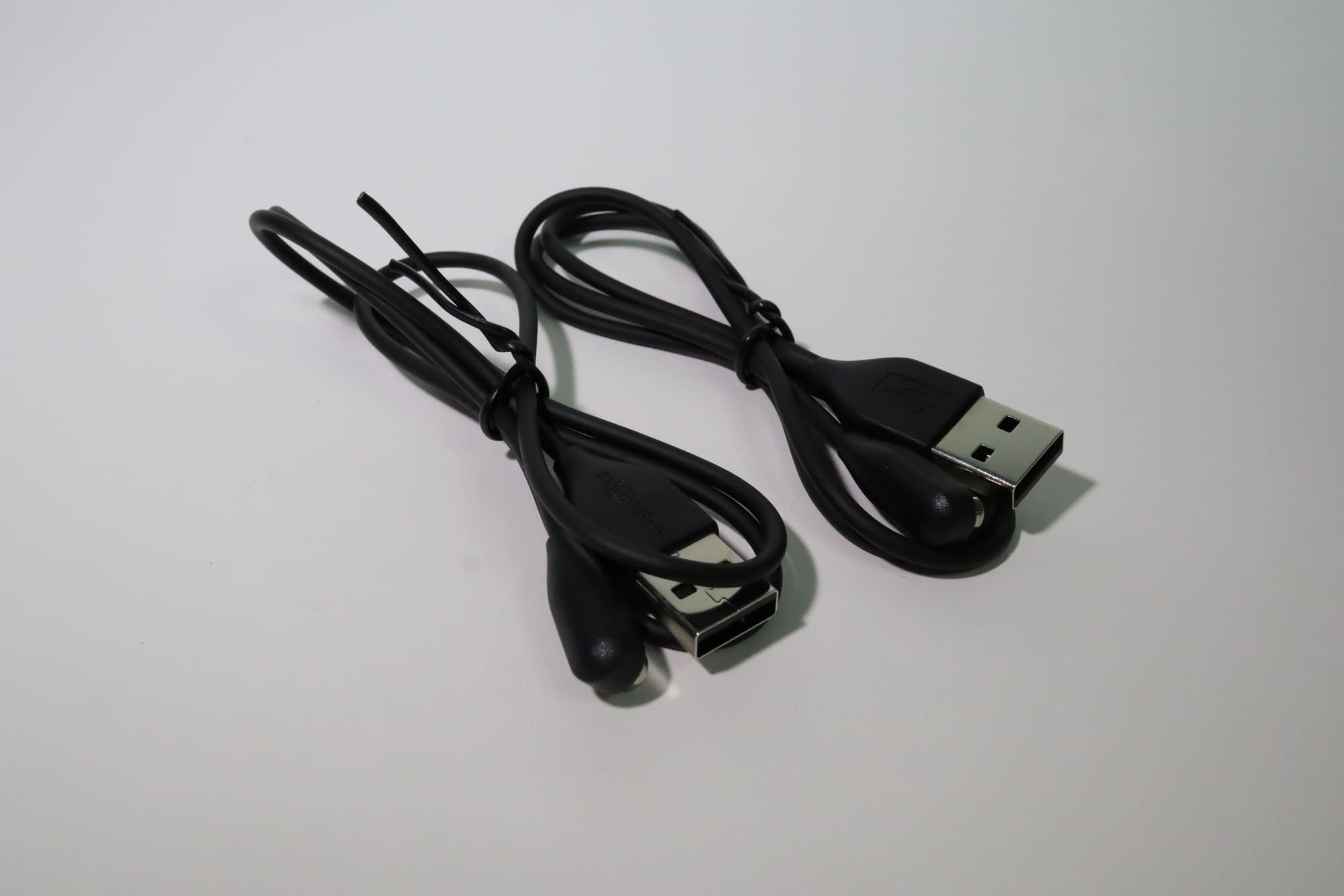AEROPEXの充電ケーブル
