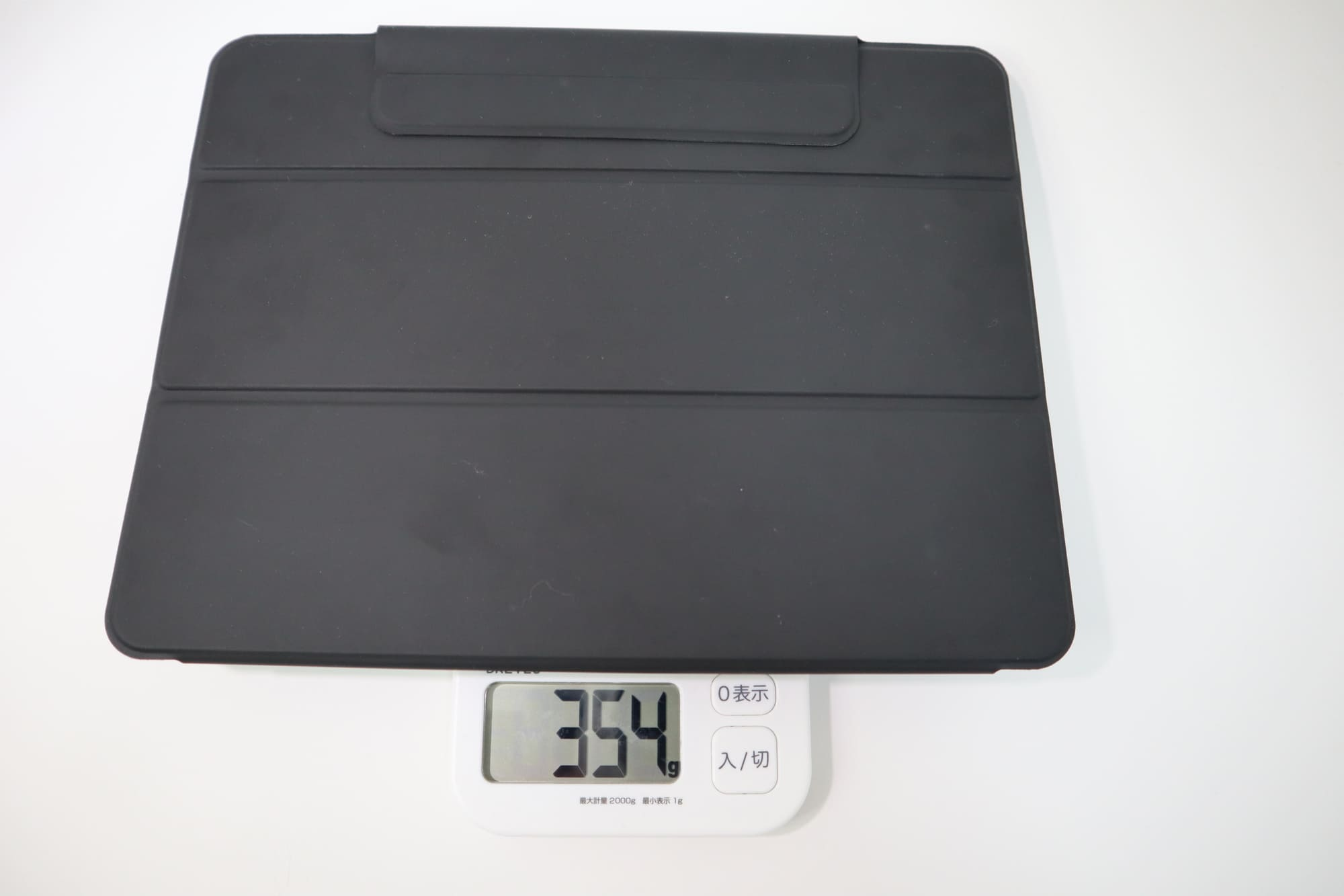 ESRのiPad Pro用ケースの重さ