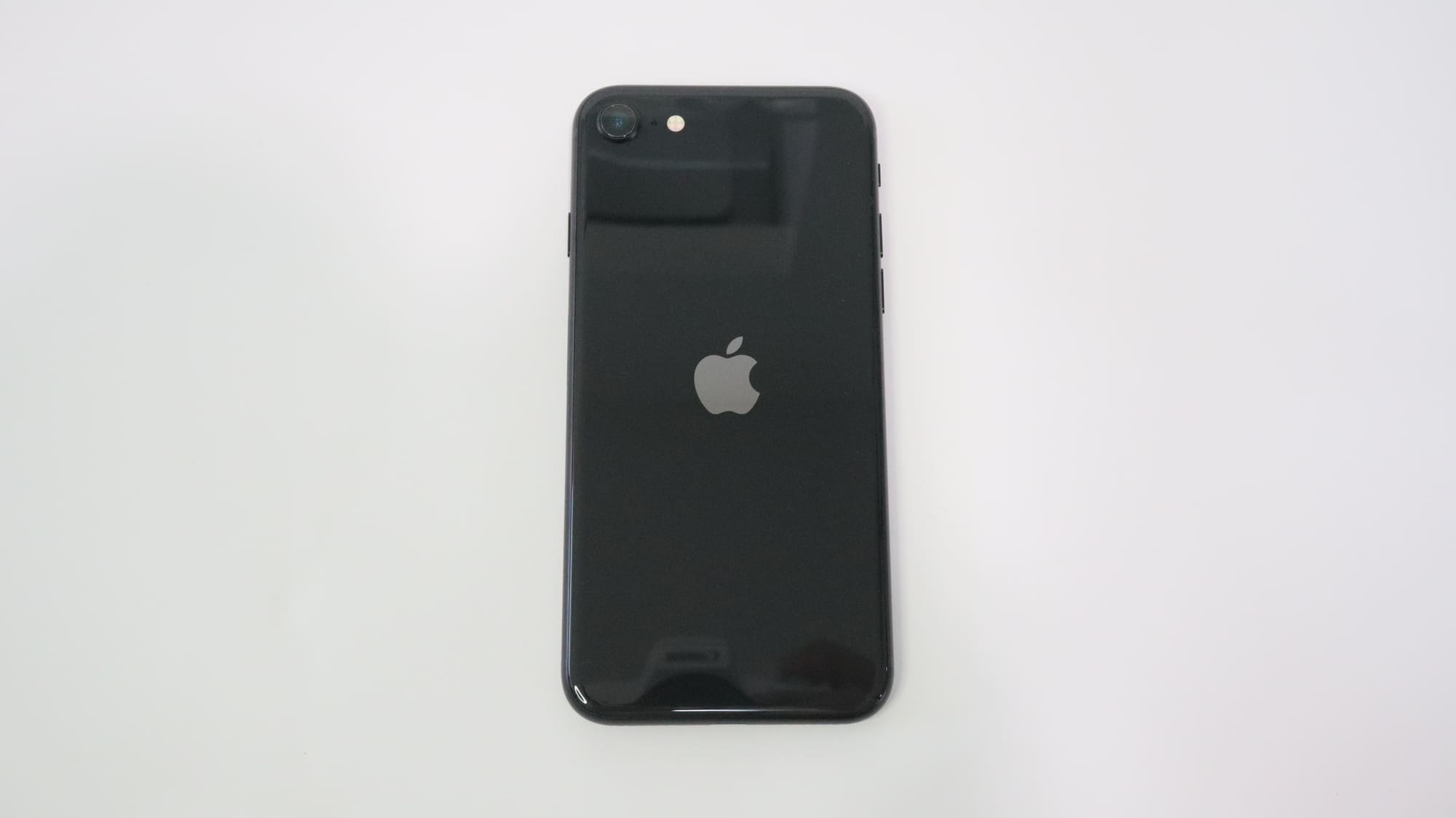 iPhone SEの外観デザイン