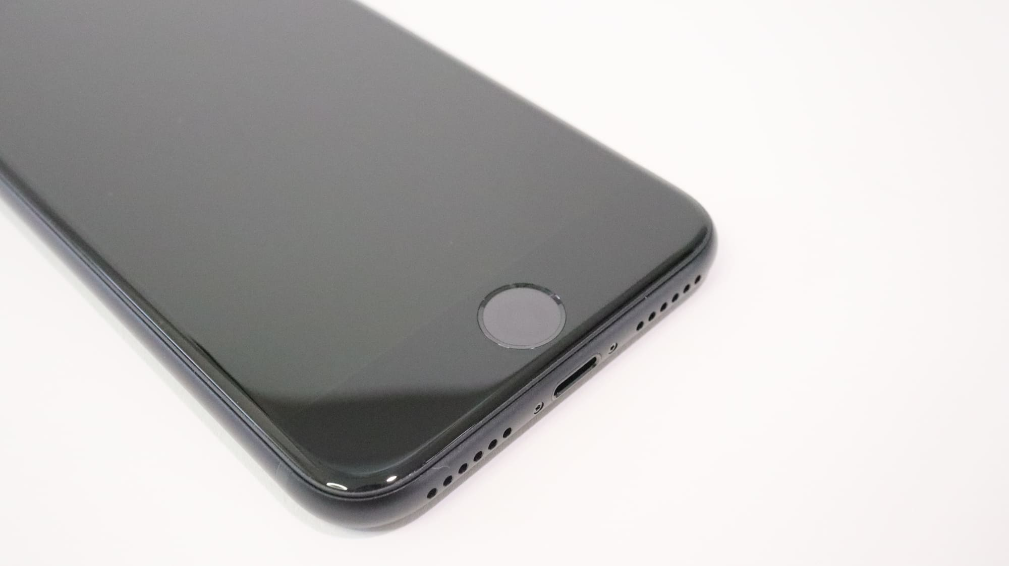 iPhone SEのホームボタン
