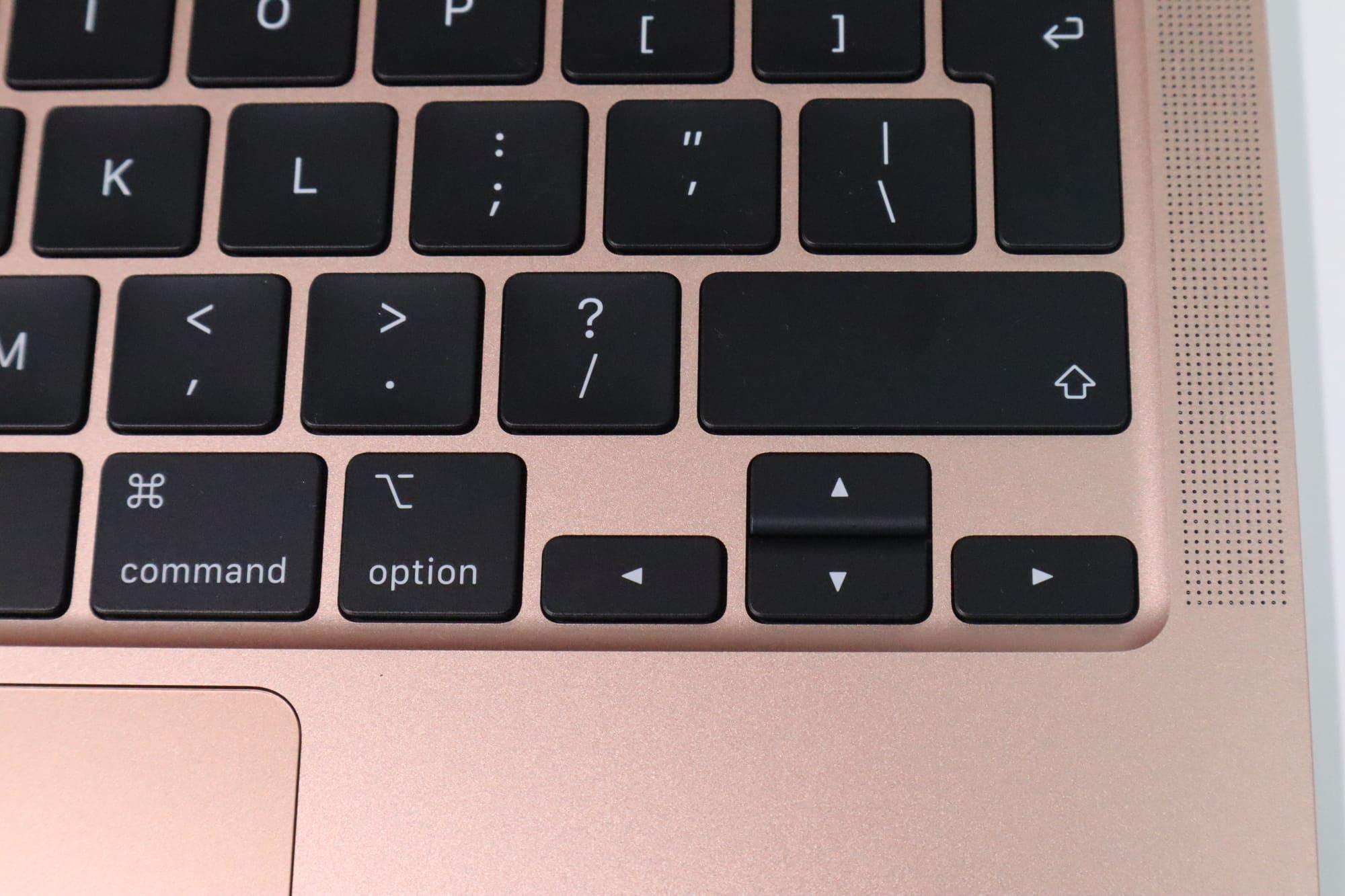 MacBook Air 2020の十字キーボード