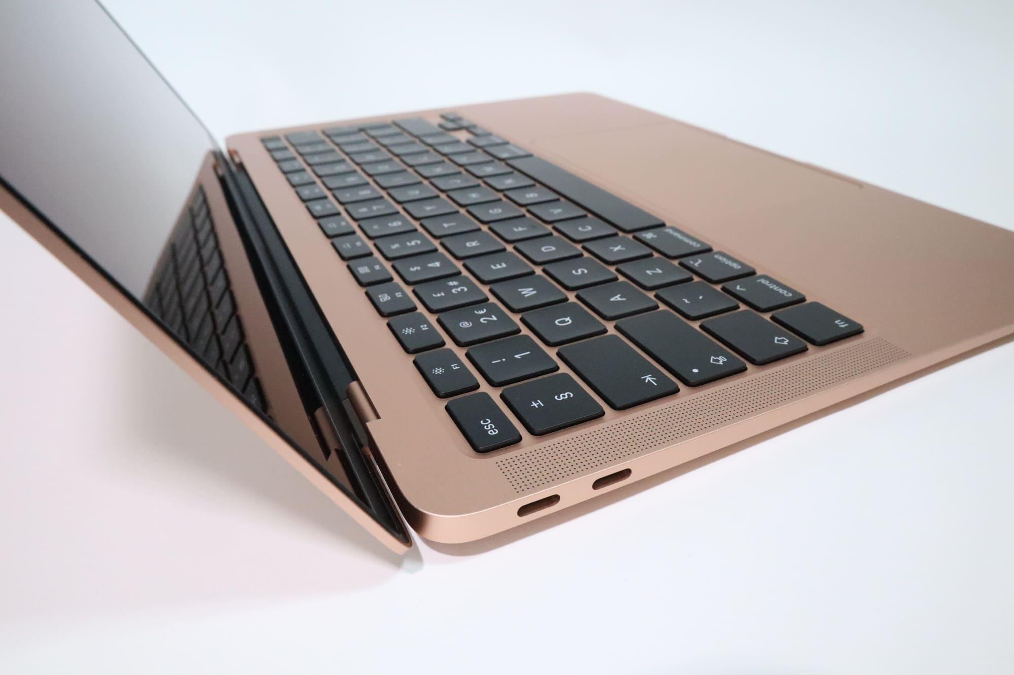 MacBook Air 2020のUSB-Cポート