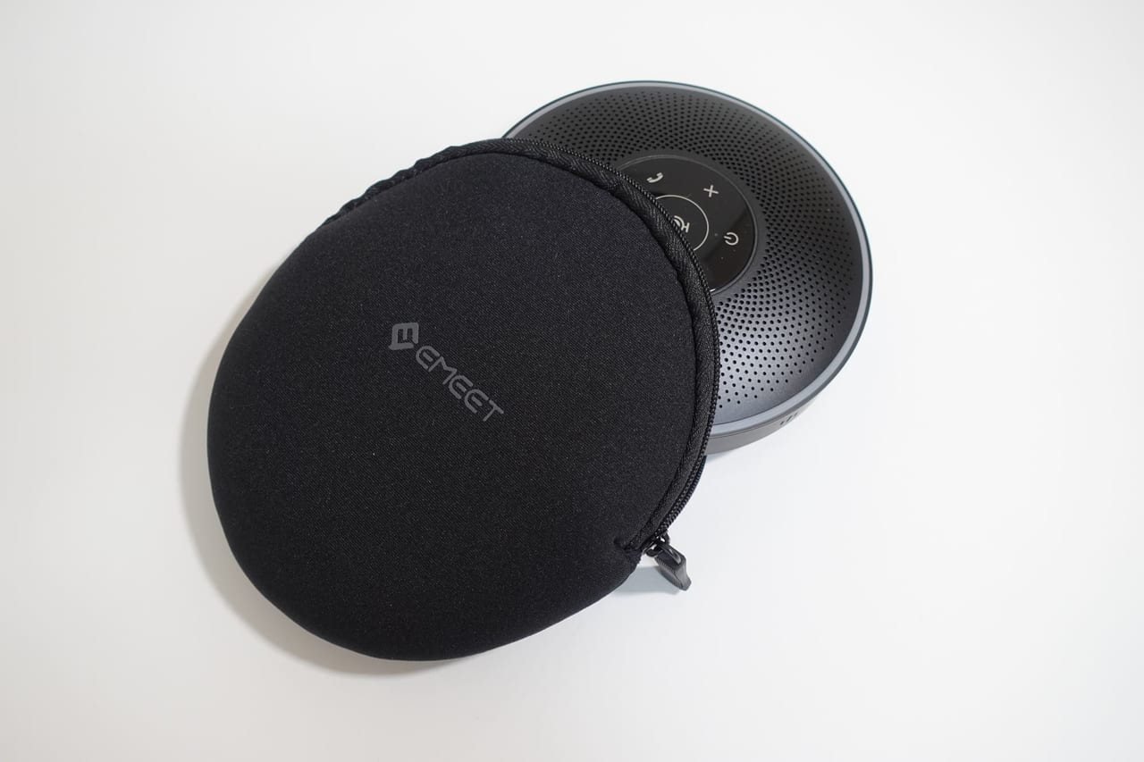 eMeet スピーカーフォン「OfficeCore M2」の専用ポーチ