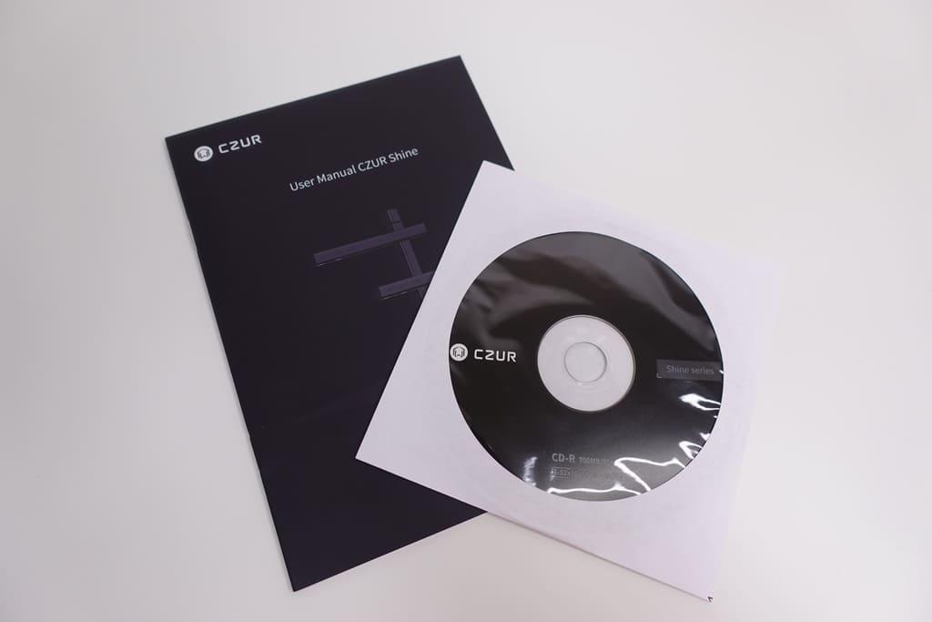 CZUR Shine付属のCD-Rと取扱説明書