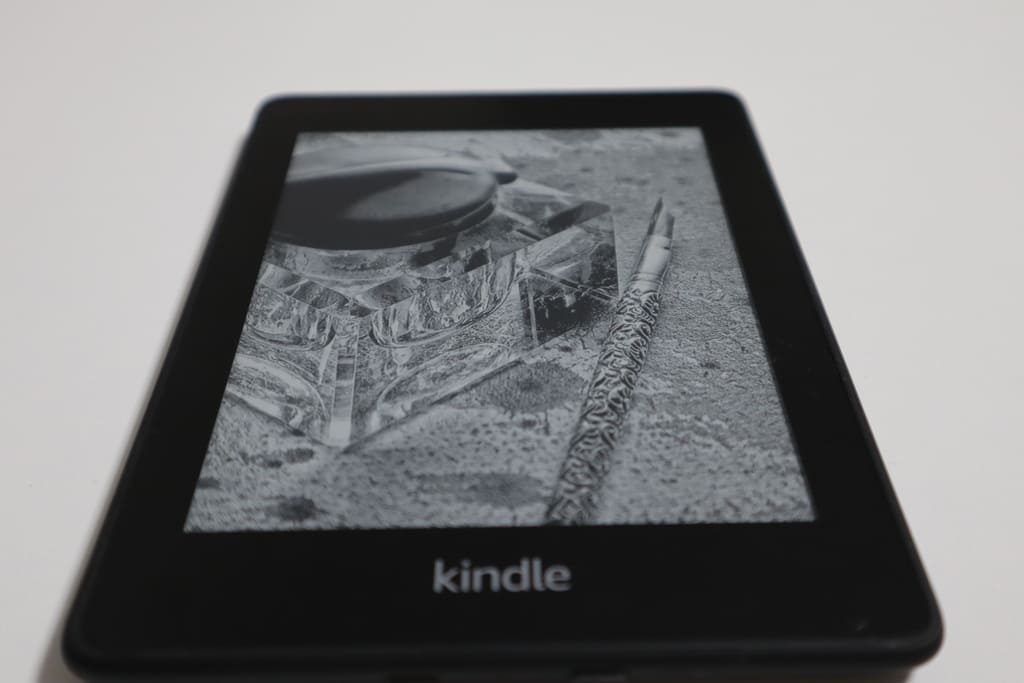 【2020年最新レビュー】Kindle PaperWhiteは買わないほうがいい!?徹底解説します。