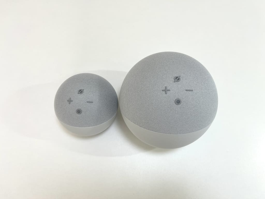 New EchoとEcho Dotのボタンの位置