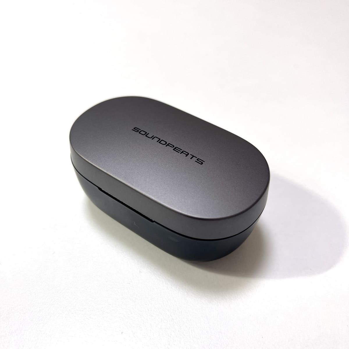 SOUNDPEATS H1の充電ケース